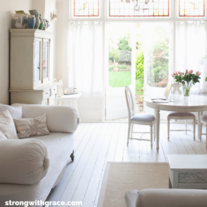 Your living room can be beautifully organized in no time | organize your living room